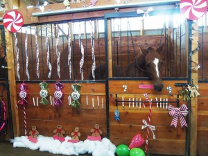 decorating horse stalls for Christmas